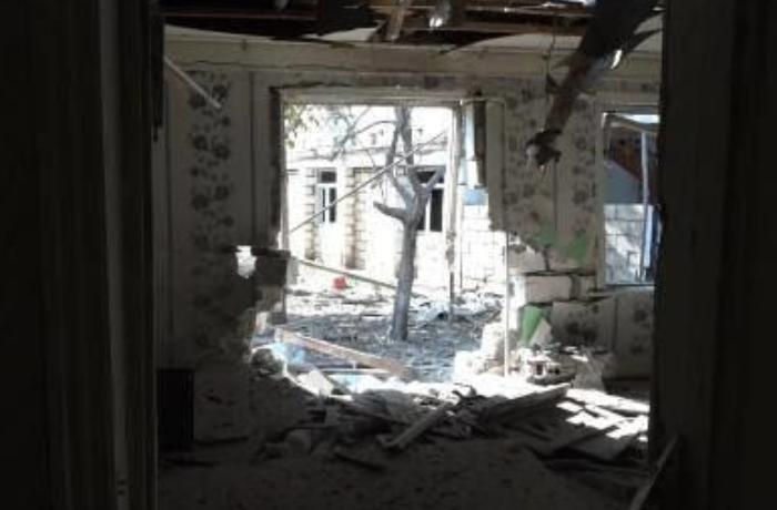 Düşmən Tərtər şəhərini artilleriya atəşinə tutub: Dağıntılar var - VİDEO